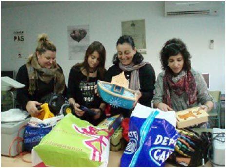 Juventudes Socialistas agradecen la solidaridad y la amplia participación de los vecinos y vecinas de Archena en su campaña solidaria de recogida de juguetes a beneficio de Cruz Roja - 1, Foto 1