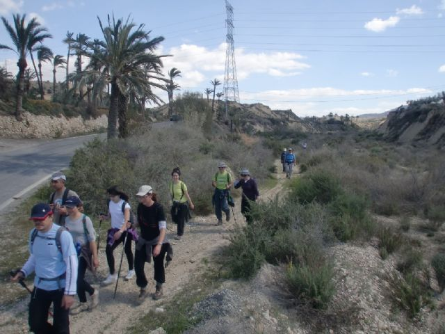 The Department of Sports points out that on Sunday January 15 will be out hiking route along the promenade de la Torrecilla (Lorca)