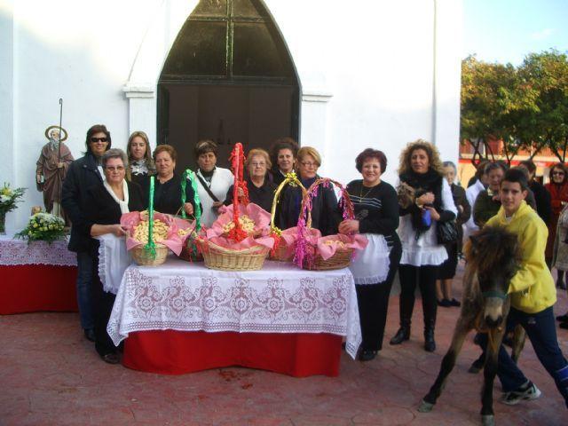 La ermita de San Isidro acoge mañana la bendición de los animales por San Antón - 1, Foto 1