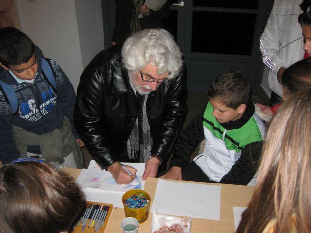 Más de 150 alumnos de Mula participan en talleres de pintura infantil impartidos por Cristóbal Gabarrón - 3, Foto 3
