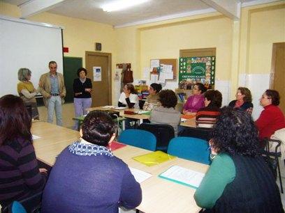 Segundo año del curso sobre cómo tratar a los enfermos de alzheimer, organizado por la asociación Arzheina - 1, Foto 1