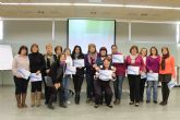 Mujer clausura dos cursos en el que han participado m�s de treinta mujeres