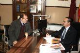 El Alcalde de Santomera recibe al Delegado de la AVT en Murcia