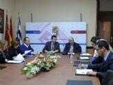 Ayer jueves se celebró, en la Sala de Concejales del Ayuntamiento de Jumilla, la reunión de Técnicos del Instituto de Fomento, con los integrantes de la Red PuntoPyme del Grupo Comarcal del Altiplano