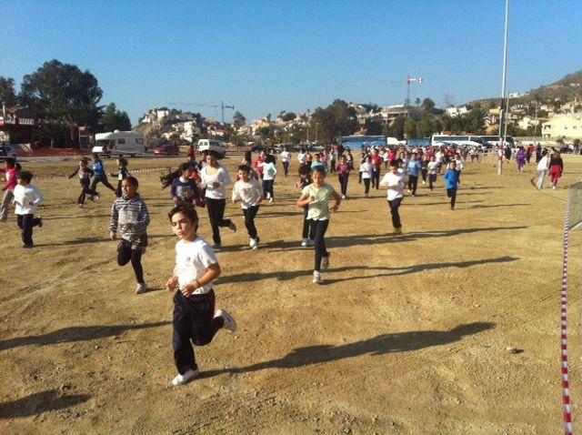 Más de 600 alumn@s participan en la carrera de cross de Deporte Escolar - 2, Foto 2