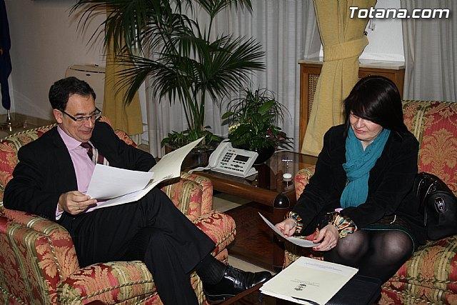 Reunión de la alcaldesa de Totana con el Delegado del Gobierno en Murcia - 1, Foto 1