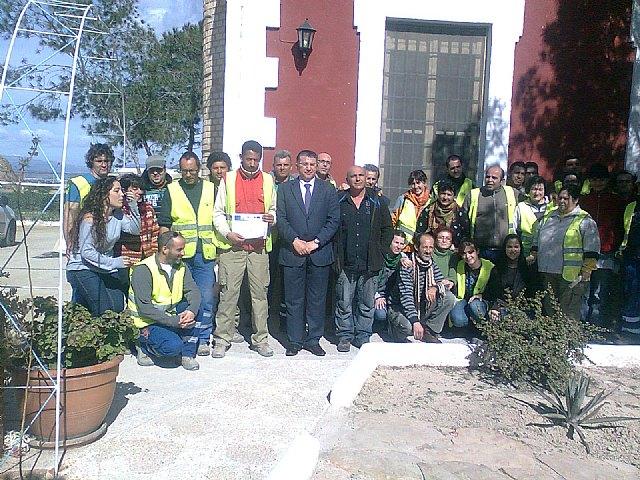 Política Social y ´Traperos de Emaús´ formaron en 2011 a un total de cincuenta personas en riesgo de exclusión - 1, Foto 1