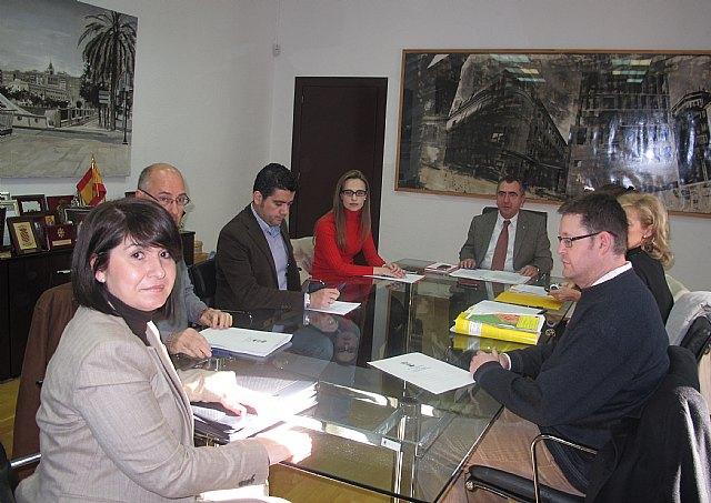 Presidencia coordina con el Ayuntamiento de Totana la adaptación del Plan de Ordenación Urbana a los criterios medioambientales - 1, Foto 1