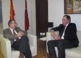Campos propone reforzar el espíritu taurino entre las jóvenes promesas para mantener la tradición de los festejos taurinos