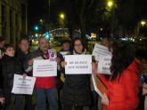 Medio centenar de personas se concentran en Murcia contra las sentencias machistas