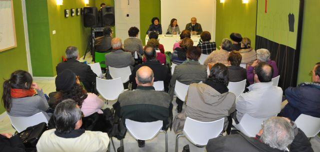 Presentación del libro 'Filosofiana' en el Centro Cultural Casa de los Duendes - 1, Foto 1