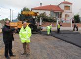 El Ayuntamiento renueva el pavimento en más de 14.000 metros cuadrados de calles del centro urbano y del casco antiguo del municipio