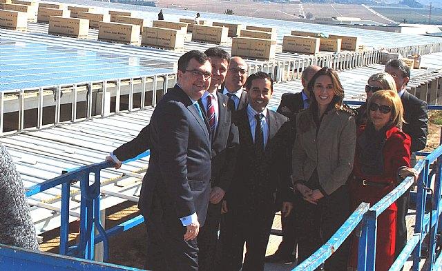 La Comunidad respalda las instalaciones de energía solar fotovoltaica sobre cubiertas por constituir un valor añadido para los inmuebles, Foto 1