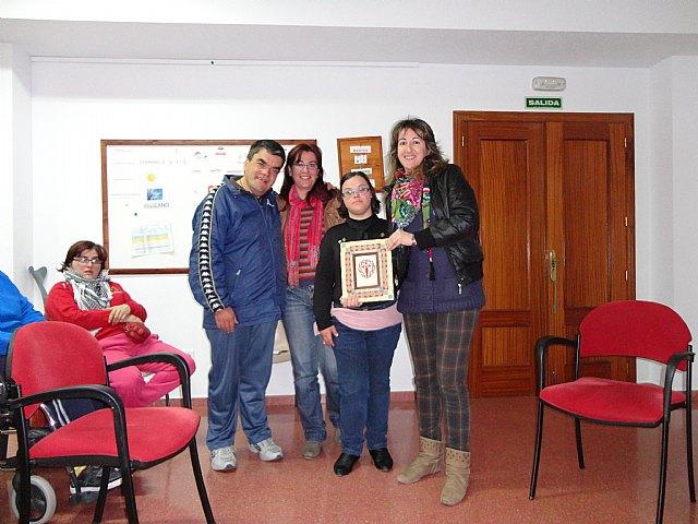 "Investigation Board Training The Illustrious Cabildo a visit to the Day Centre ""José Moya"""