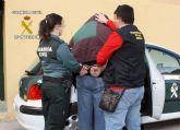 La Guardia Civil detiene a una persona dedicada a cometer robos por el procedimiento 'tirón'