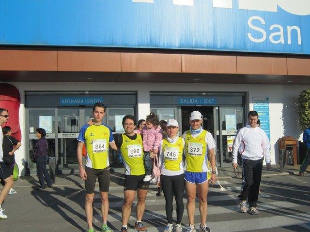 Athletes of the CAT were present at the San Valentin would 2012 and the Race Family Carnival Sunday 2012