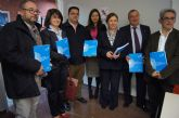 La alcaldesa de Totana asiste a la inauguración de la exposición fotográfica