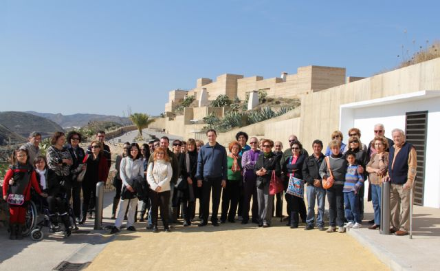 La Asociación de Esclerosis Múltiple del Área III de Salud de la Región de Murcia celebra una jornada de convivencia en Puerto Lumbreras - 1, Foto 1
