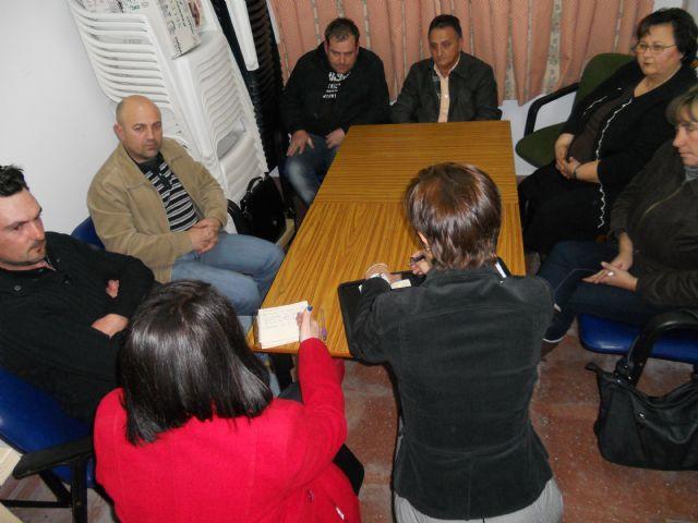 La alcaldesa y la concejal de Participaci�n Ciudadana se re�nen con la nueva junta directiva de la Asociaci�n de Vecinos del Barrio de San Jos�, Foto 1