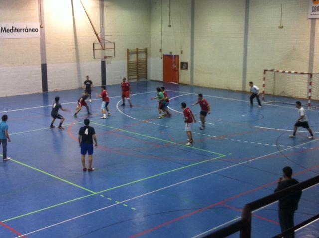Dos equipos del Felipe II y Siglo XXI siguen adelante en la fase interzonal de Deporte Escolar - 1, Foto 1