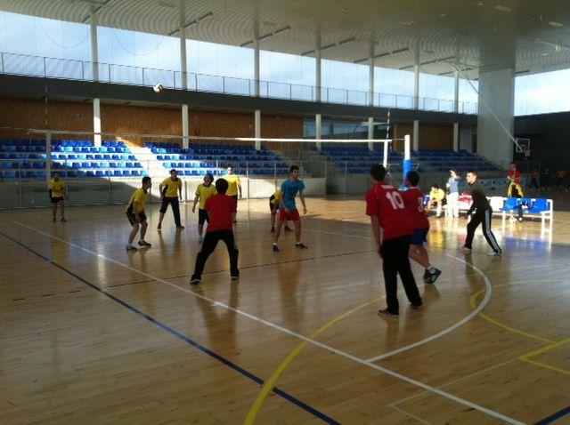 Dos equipos del Felipe II y Siglo XXI siguen adelante en la fase interzonal de Deporte Escolar - 2, Foto 2