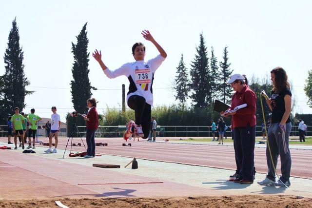 8 medallas para el club atletismo Mazarrón en el campeonato regional cadete de pista cubierta, Foto 4