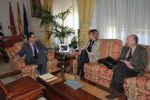 Patricia Fernández se entrevista con el Delegado del Gobierno para pedirle la incorporación de más agentes de la Guardia Civil