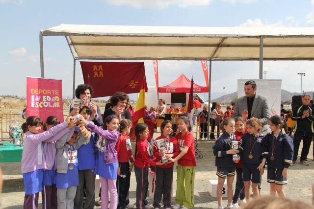 Puerto Lumbreras acoge la final regional de campo a través de deporte en edad escolar Alevín-Benjamín con más de 800 deportistas de colegios de la Región de Murcia - 3, Foto 3