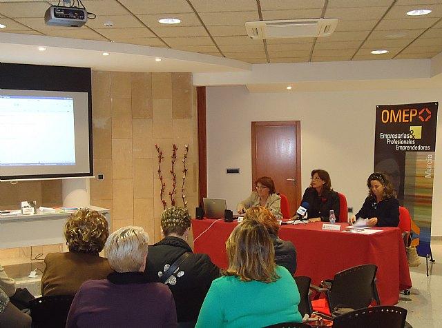 Más de 30 mujeres participan en las I Jornadas de Mujeres Emprendedoras de San Pedro del Pinatar - 1, Foto 1