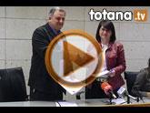 La alcaldesa y el presidente de Amusal firman un convenio de colaboración