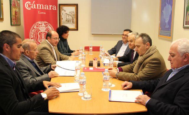 El Ayuntamiento y la Cámara de Comercio colaborarán en el diseño de un nuevo Plan para el Fomento del Comercio en Puerto Lumbreras - 1, Foto 1
