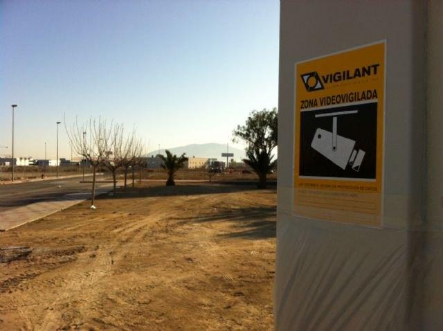 El nuevo sistema de videovigilancia del Pol�gono Industrial El Saladar se inaugurar� finalmente el d�a 22 de marzo, Foto 1
