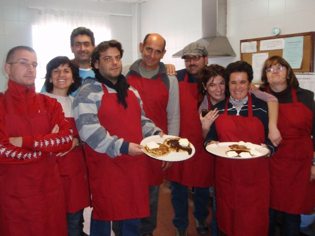 Usuarios del Servicio de Apoyo Psicosocial reinician su taller de cocina semanal en las instalaciones del Centro Polivalente para la Discapacidad, Foto 1