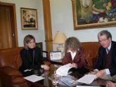 Firmado el convenio entre el comercio archenero y la federación de familias numerosas para que éstas obtengan descuentos en sus compras