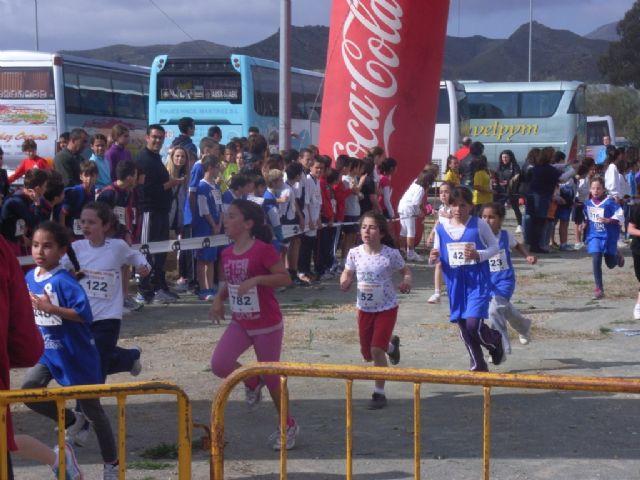 Un total de 26 escolares de Totana participaron en la final regional de campo a trav�s benjam�n y alev�n de deporte escolar, Foto 2