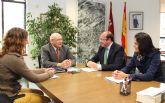 El Alcalde se reúne con el director general de Medio Ambiente para planificar nuevas medidas destinadas a la protección de los espacios naturales del municipio