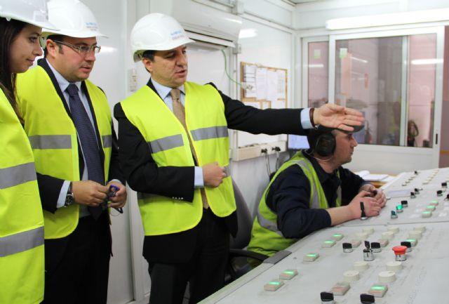 El Alcalde y miembros del Equipo de Gobierno visitan las instalaciones de la Factoría  multinacional de metalurgia Noksel - 2, Foto 2