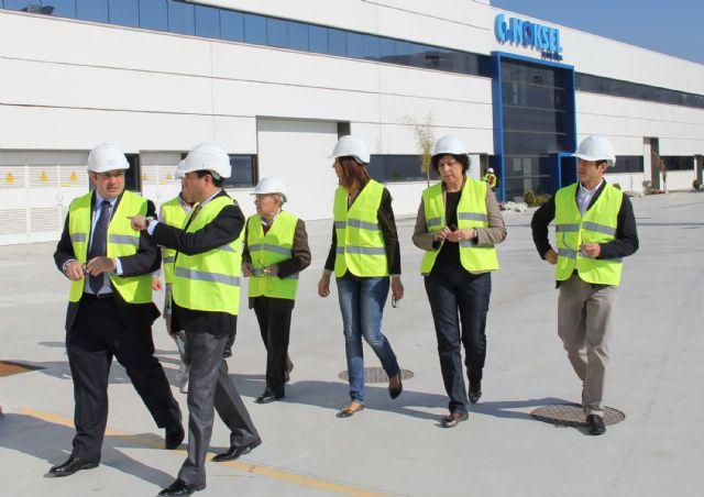 El Alcalde y miembros del Equipo de Gobierno visitan las instalaciones de la Factoría  multinacional de metalurgia Noksel - 3, Foto 3