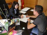 La alcaldesa y el nuevo alcalde pedáneo de El Paretón se reúnen