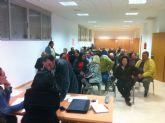 La alcaldesa y el concejal de Pedanías mantienen una reunión con los vecinos de Lébor