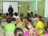 Turismo explica las peculiaridades de la Semana Santa pinatarense a los escolares de la localidad