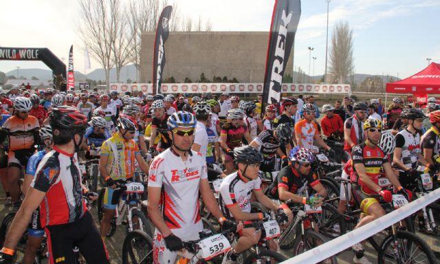 Más de 400 deportistas de toda España participaron en la prueba nacional de resistencia TREK12 WILD WOLF en Puerto Lumbreras - 1, Foto 1