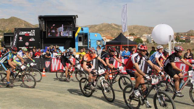 Más de 400 deportistas de toda España participaron en la prueba nacional de resistencia TREK12 WILD WOLF en Puerto Lumbreras - 3, Foto 3