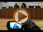 La alcaldesa anuncia una reducción del 15% en el presupuesto municipal antes de que finalice el 2012