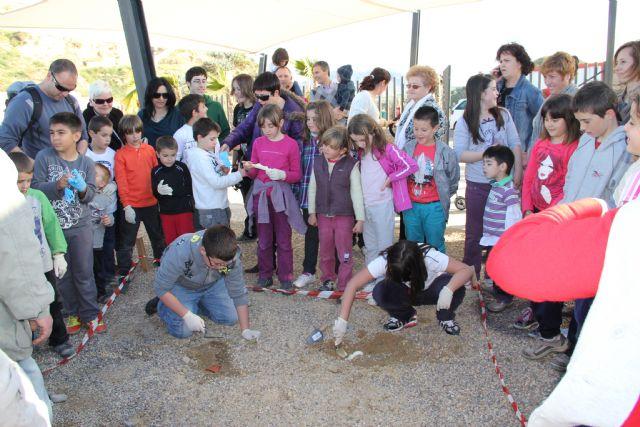 La concejalía de Cultura y Turismo organiza talleres para niños en el entorno del Castillo de Nogalte y las Casas-Cueva - 1, Foto 1