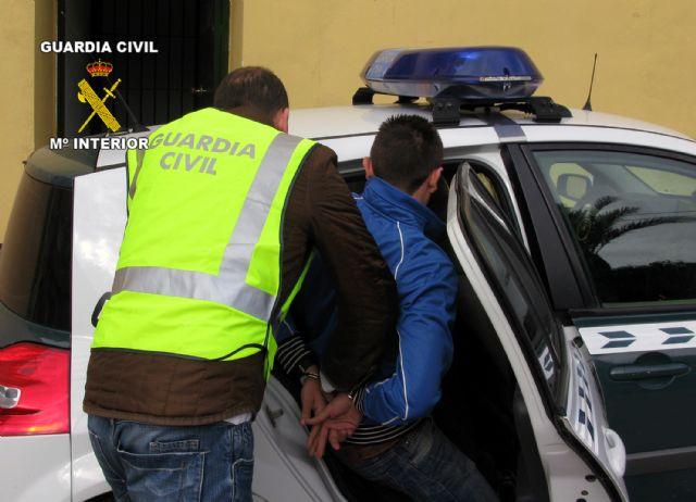 La Guardia Civil detiene a dos personas en Cieza por tráfico de drogas - 1, Foto 1