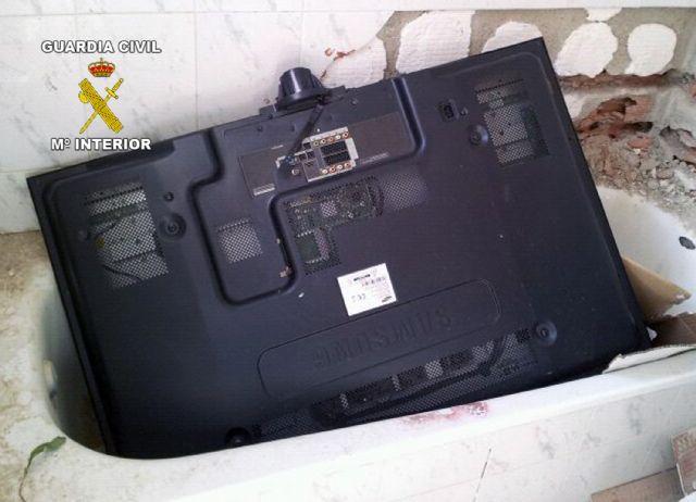 La Guardia Civil detiene a una persona por un violento robo en una vivienda de Mula - 3, Foto 3