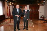 El presidente Valcárcel recibe al alcalde de La Unión