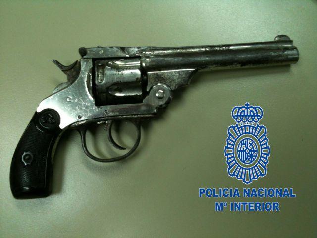La Policía Nacional detiene a un reclamado por tentativa de homicidio y tráfico de drogas a quien se le imputan varios delitos recientes cometidos en Murcia - 1, Foto 1