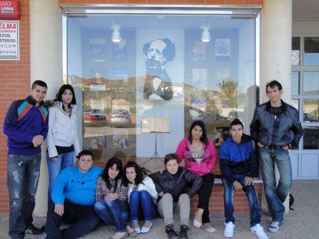 José Espinosa anima a los escolares a beneficiarse de la lectura, Foto 3